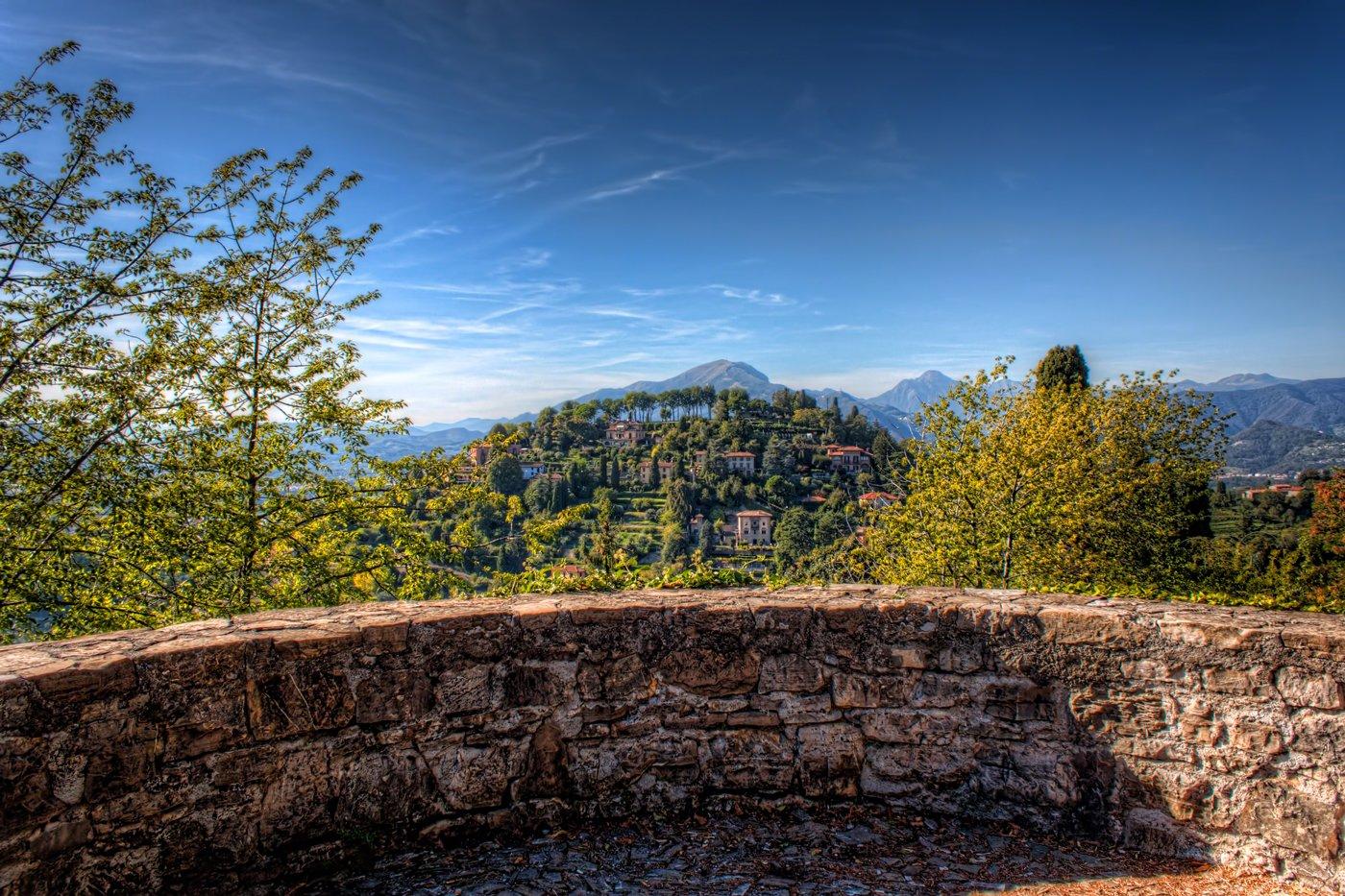 Bergamo in Italië. HDR-foto van de top van Castello di San Vigilio