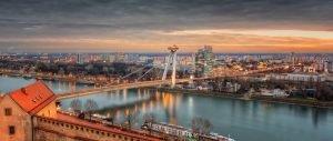 Bratislava Skyline - Brug en Ufo