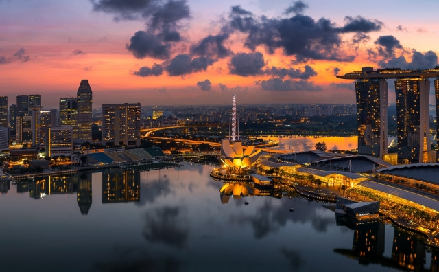 View on the Marina and Skyline of SIngapore during Sunrise