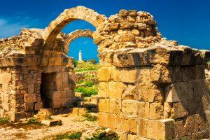 Paphos Archeologisch Park (Ketos Archeologisch Park) - Cyprus in het voorjaar.