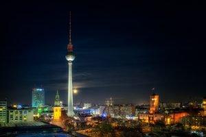 Berlin Supermond 2016 mit Blick vom Alexanderplatz, Deutschland
