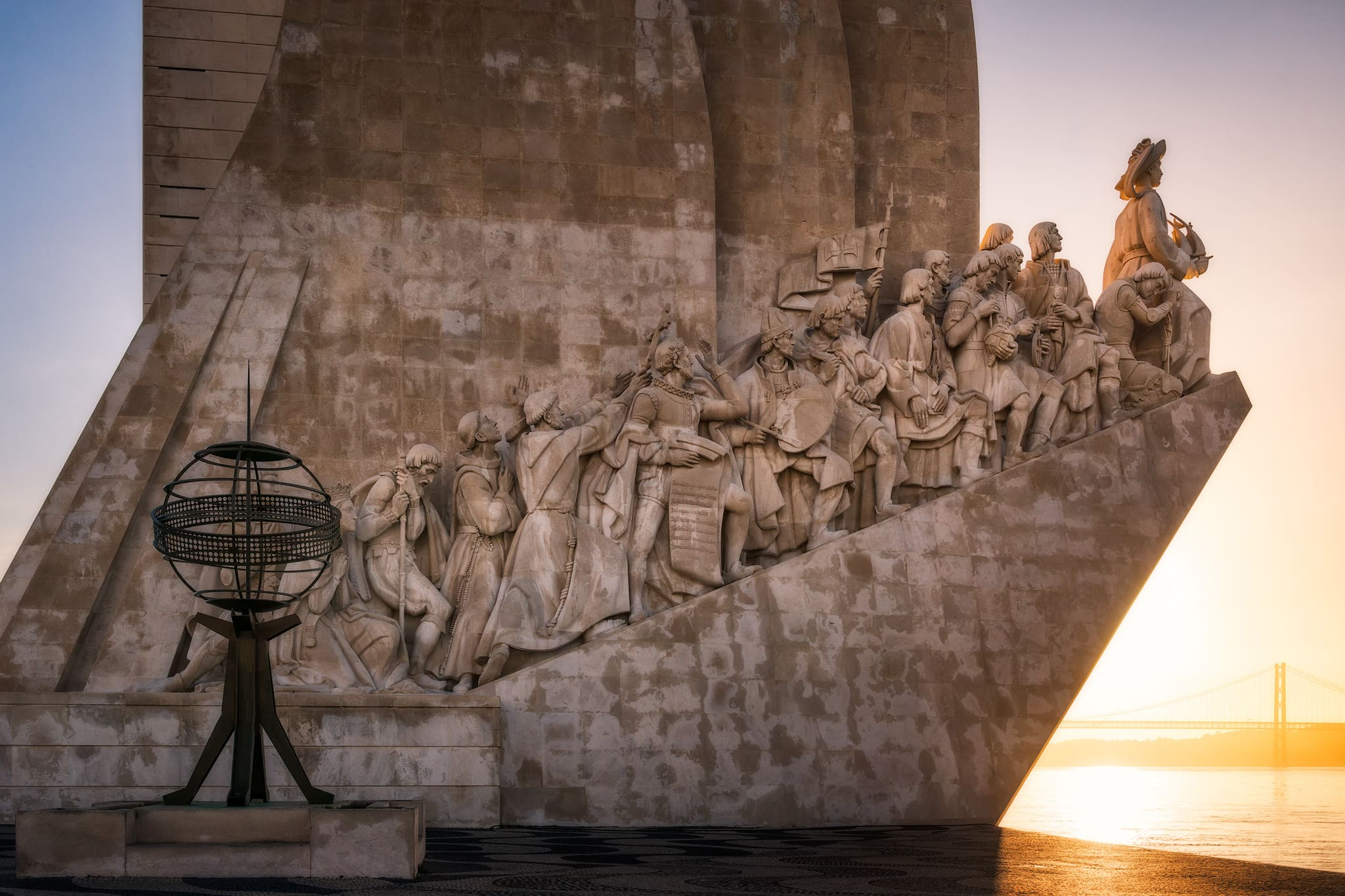 Das Denkmal der Entdeckungen (Padrão dos Descobrimentos) in Lissabon; Portugal